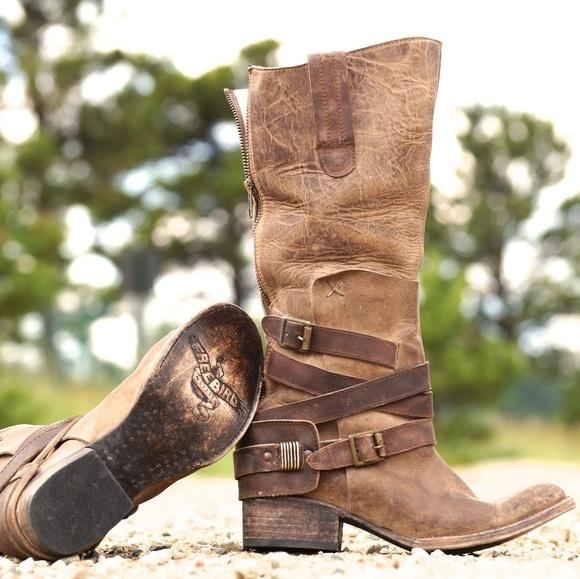 ddb19d70770 Freebird Dakota Western Boots distressed tan 8